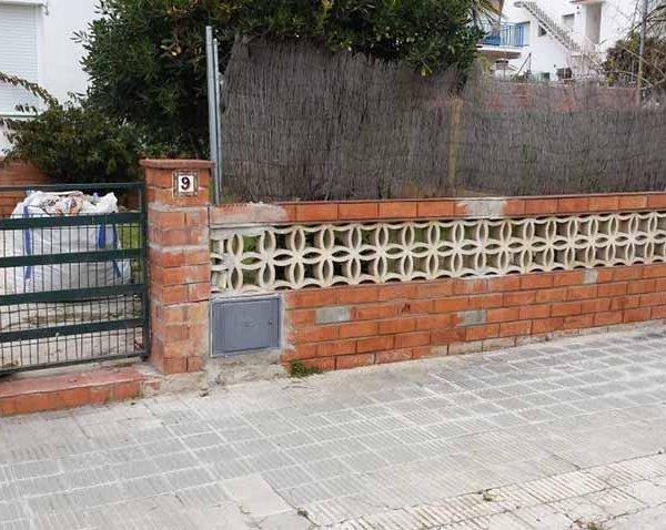 Reconstrucción muro exterior Calafell